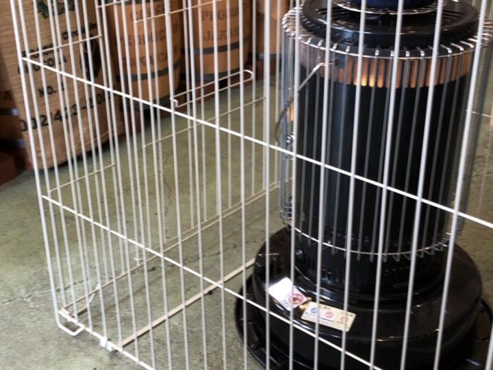 豆工房コーヒーロースト犬山店のストーブ