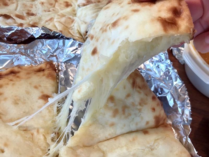 アスカのチーズナン