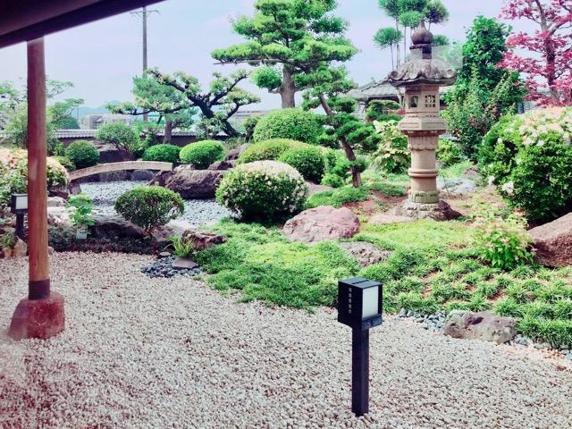 鈴蘭の庭園