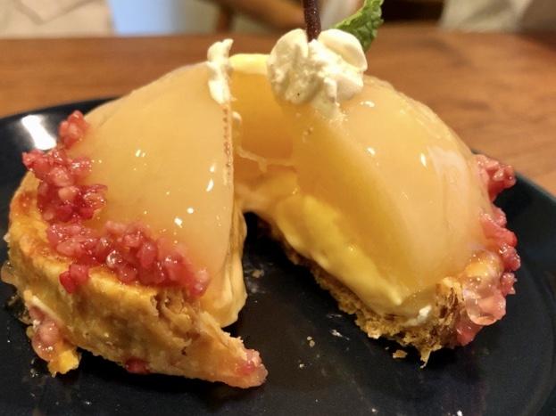 Patisserie La Mieux(パティスリーラミウ)の白桃のパイタルト2