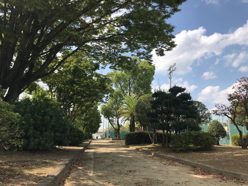 山の田公園 公園から駐車場