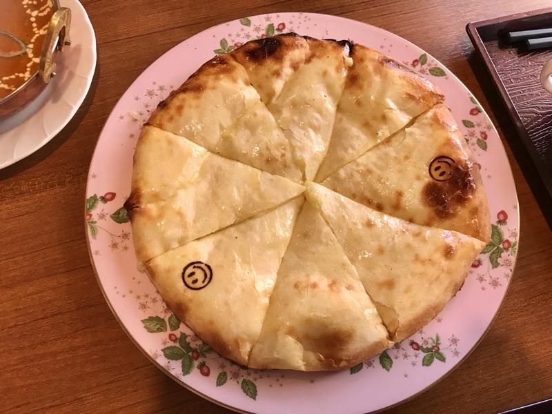 ミトチャカリー18 チーズナン