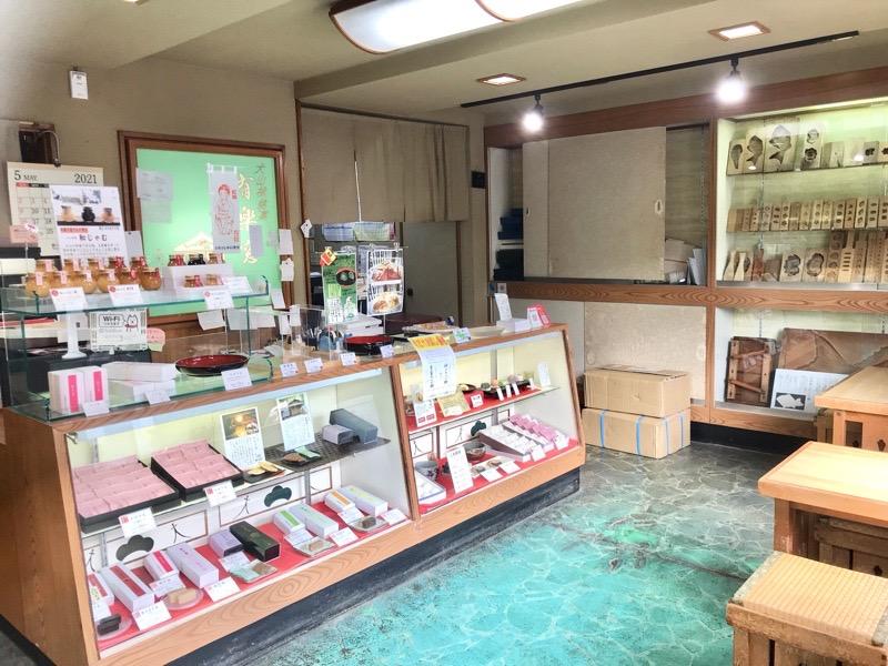 犬山 和菓子 若松屋線阡壱2 店内