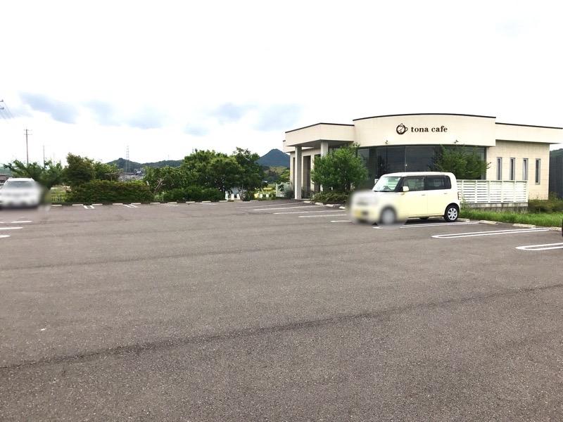 犬山 トナ カフェ2 駐車場