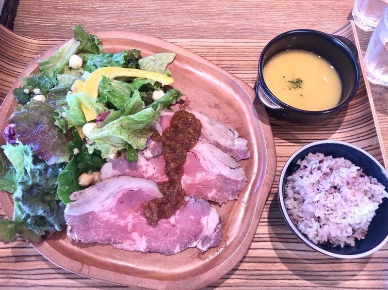 犬山 ランチ カフェオムレット19 ローストビーフ