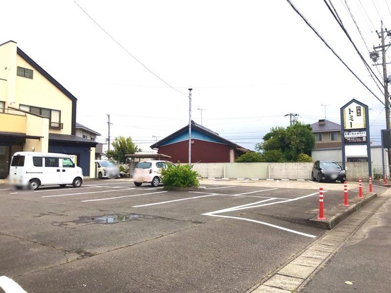 犬山 トミー 和食ランチ 駐車場